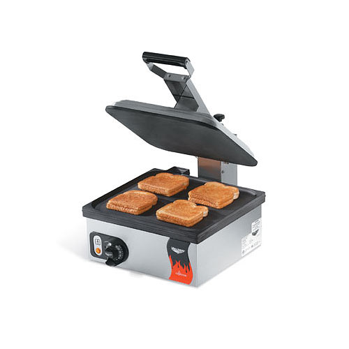 "Vollrath Cayenne Flat Plate Sandwich Press/Panini Grill - 14"" Non-Stick 40792"
